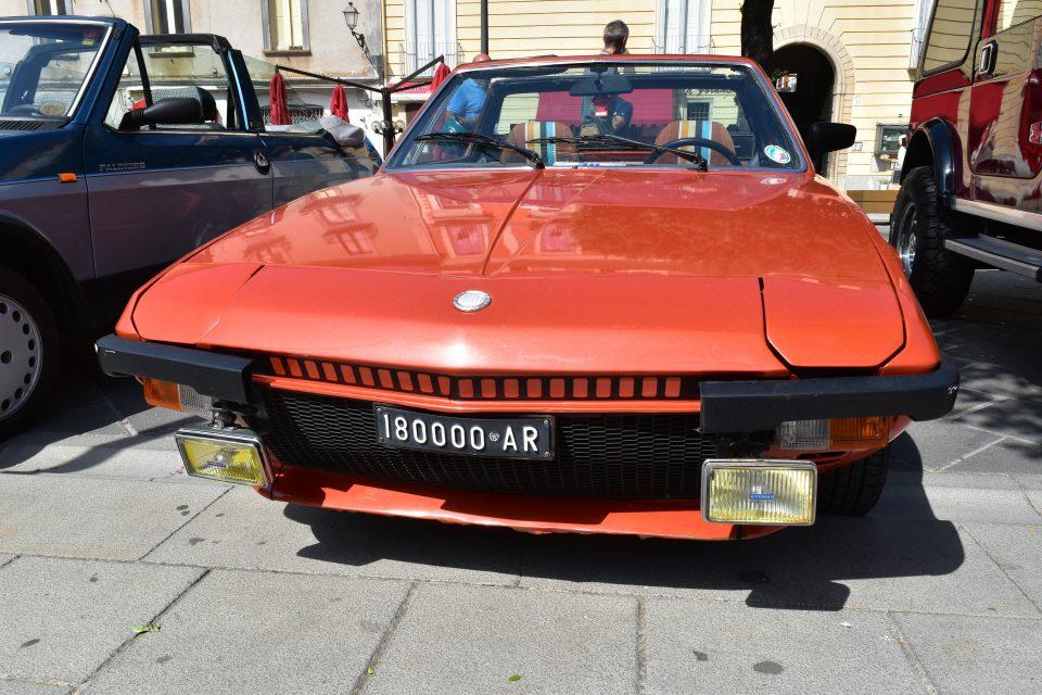 DSC 0027 960x640 - Vallo, raduno auto d'epoca - incontriamo Giusy Sansone (video)
