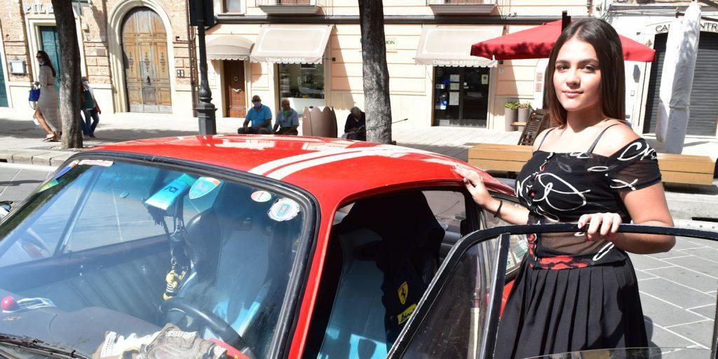 casting 1024x512 - Vallo, raduno auto d'epoca - incontriamo Giusy Sansone (video)