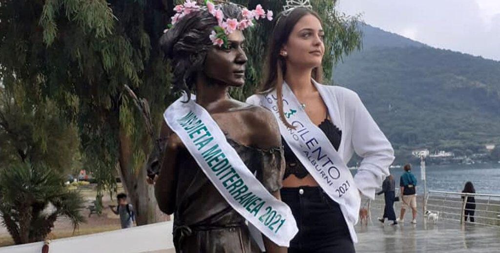 "dieta 1024x518 - L'opera di Sapri è Miss Dieta Mediterranea 2021 ""Ho voluto ricordare così lo scultore Gelsomino Casula"""