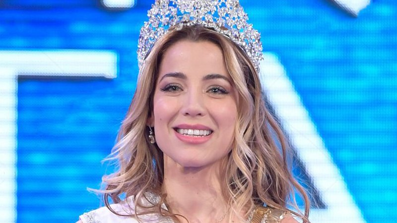 miss universe italy 2020 finals contest gold studios rome italy shutterstock editorial 11656570i - Le salernitane Lucia e Zoe in lizza per il titolo di Miss Universo