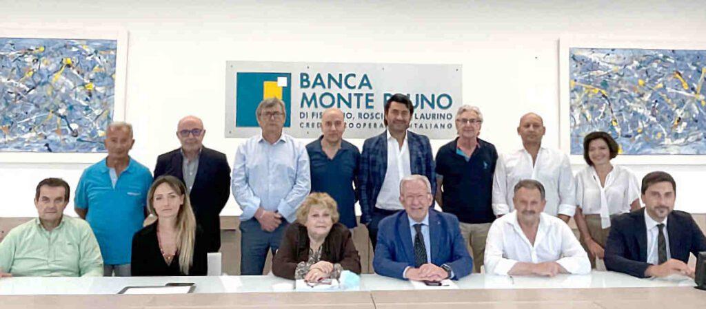 bmp 1024x449 - Premio per i dipendenti della Banca Monte Pruno