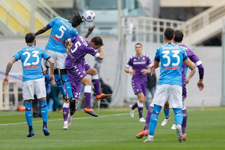 Il Napoli passa anche a Firenze con una partita al cardiopalma